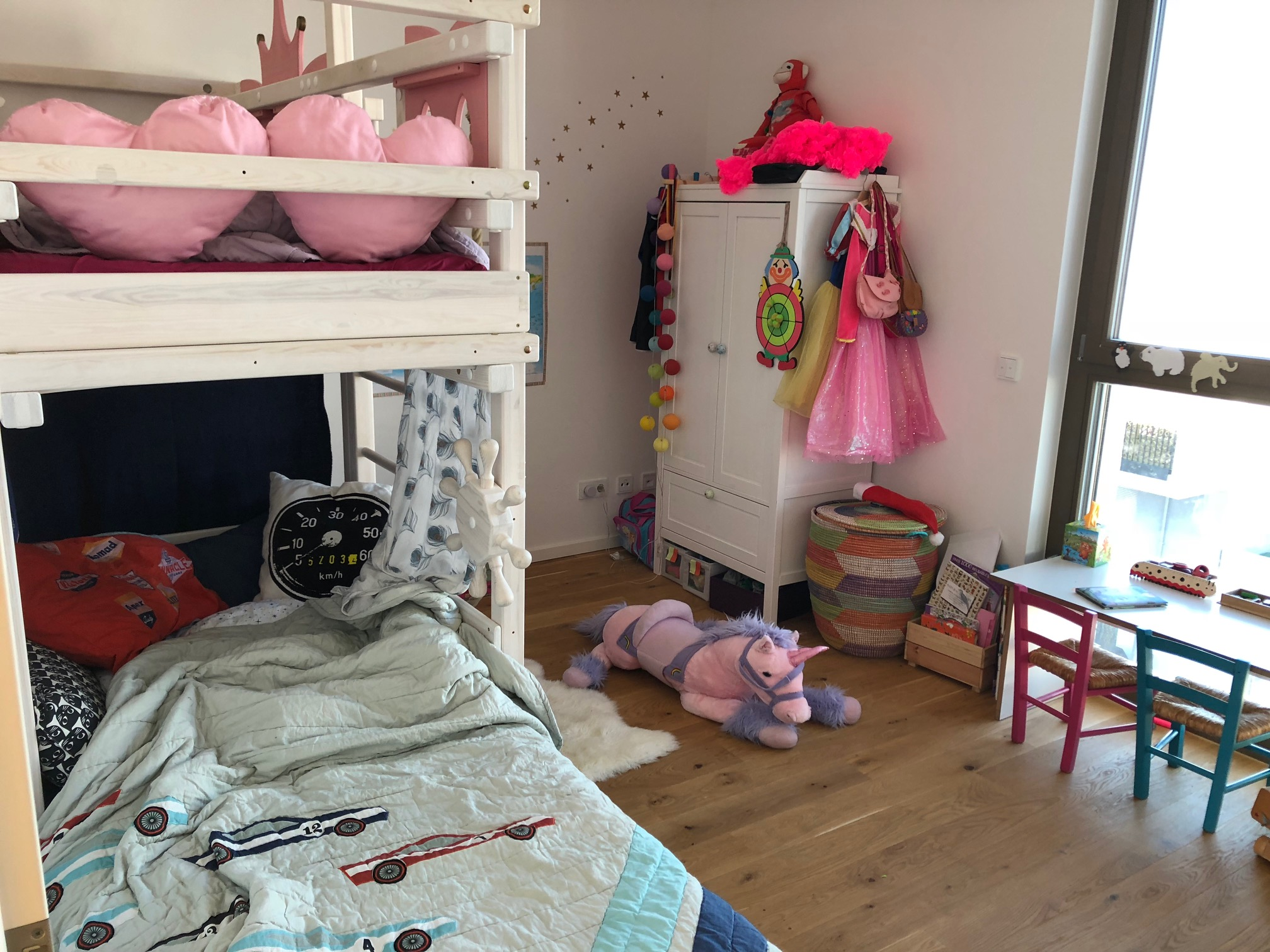 A real photo of AMARILLO bunk bed white by Wendy  (2)