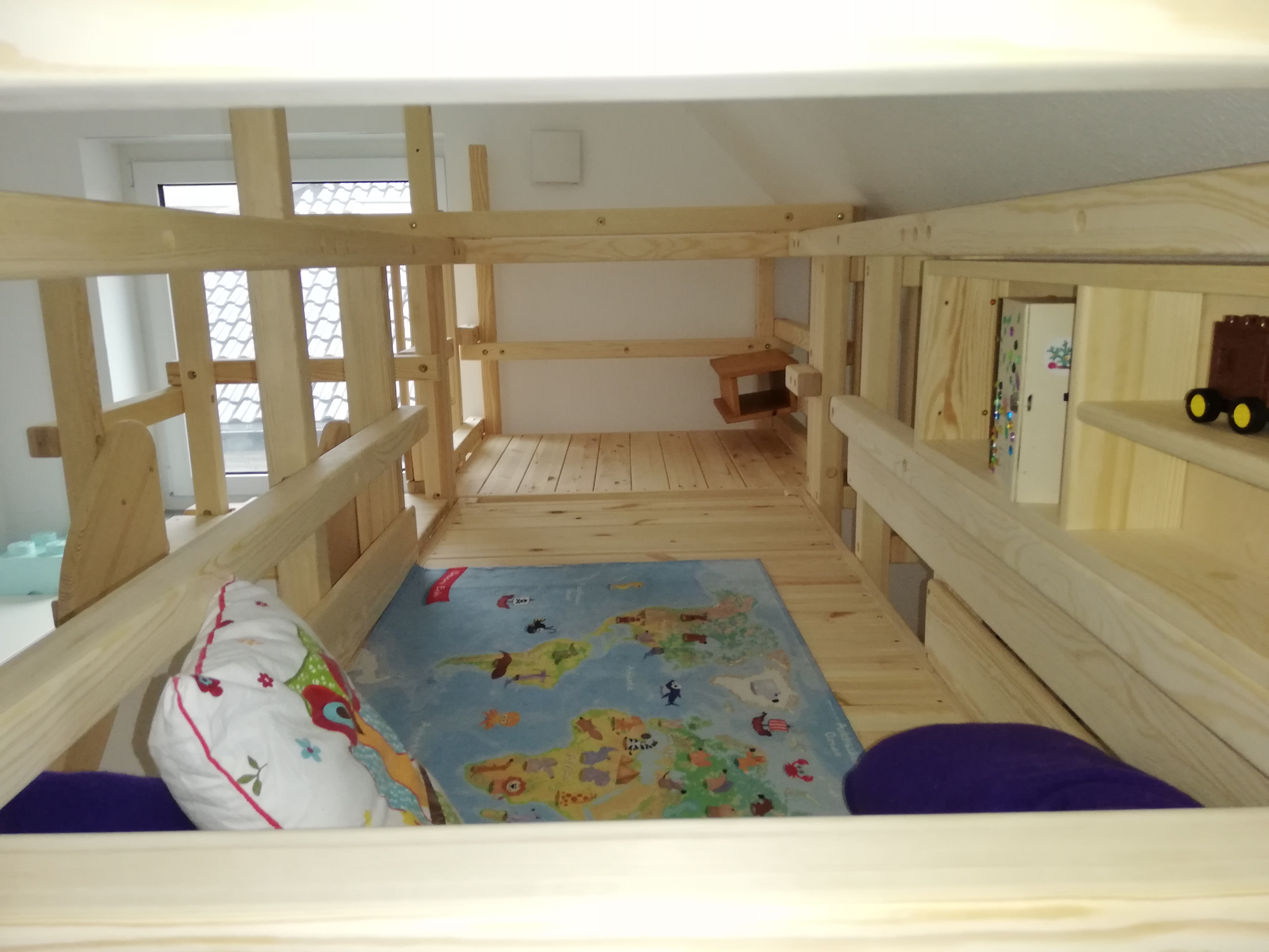 A real photo of CALGARY bunk bed by Stephan (2)