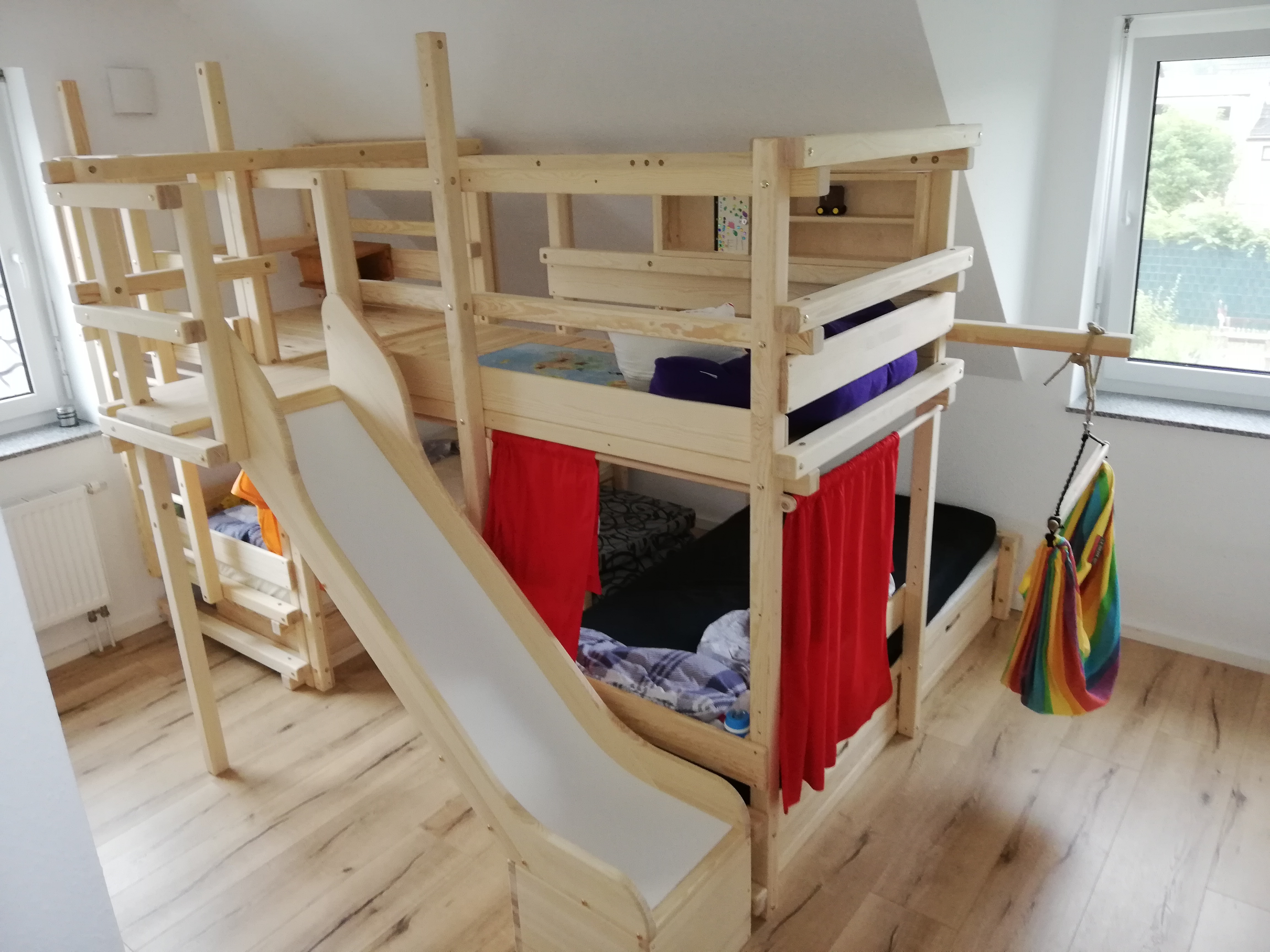 A real photo of CALGARY bunk bed by Stephan (3)